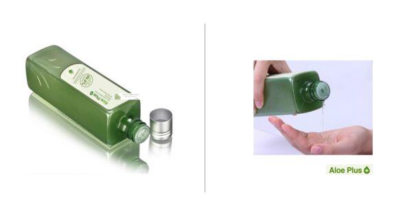 Aloe Plus Hydrator Pouring